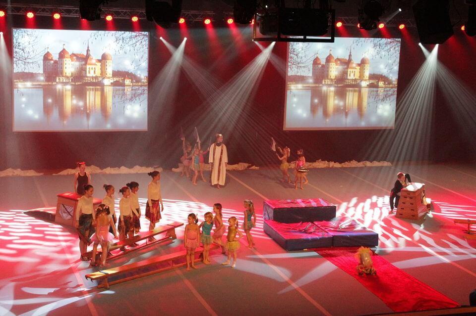 Höganäs Gymnastikförenings Julshow 2014
